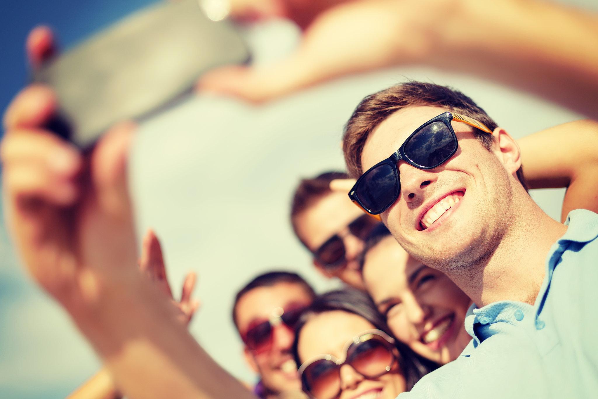 Apps que te dicen cómo posar y editar para obtener la mejor selfie