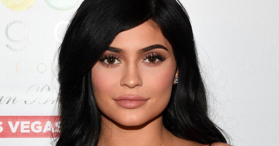 ¿Kylie Jenner se comprometió?