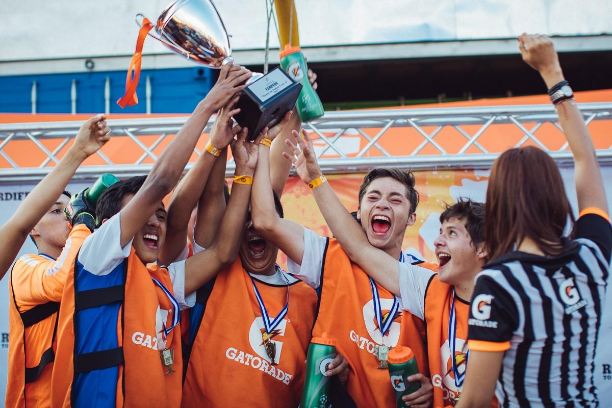 Este torneo te lleva a jugar fútbol a Barcelona representando a Guate