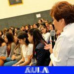 Conversatorio con Ivanna Chapeta en el Colegio Comercial Guatemalteco