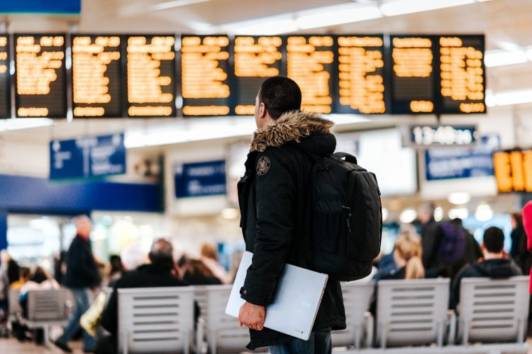 Buscan jóvenes para becas de estudios en el extranjero